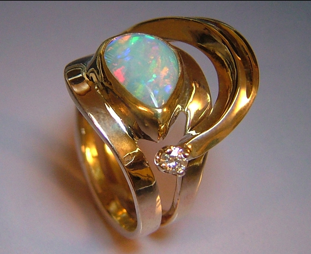 Web4 14k Gold Ring with Opal and Diamond