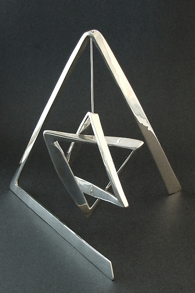 Web3 Sterling Silver 'Star of David' Stabile 11x11x11inches