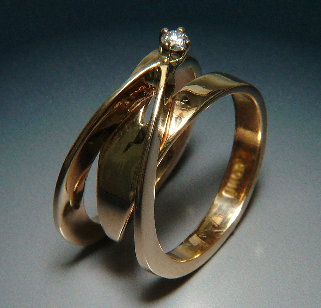 Web5 14k Gold Ring with Diamond